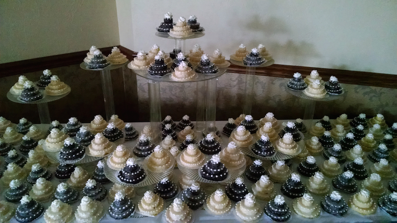 mini wedding cakes oct 2014 3